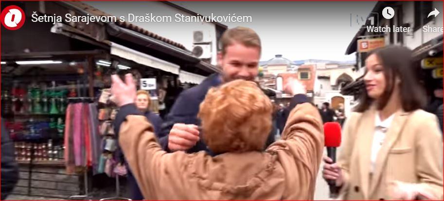 Stanivuković, SA, grljeneje